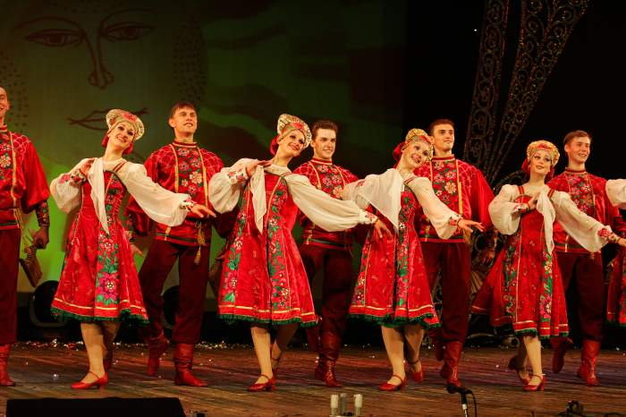 67d7b2600 Feel Yourself Russian - Best Folk Programme, Brilliant example of ...