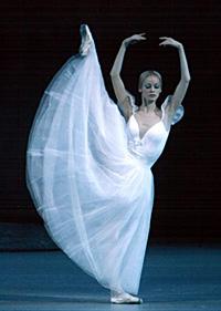 Hermitage Theatre prima ballerina Anastasia Kolegova. Click to enlarge