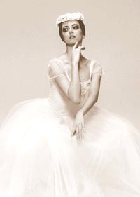 Hermitage Theatre prima ballerina Irina Perren. Click to enlarge