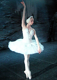 Hermitage Theatre prima ballerina Elena Sheshina. Click to enlarge